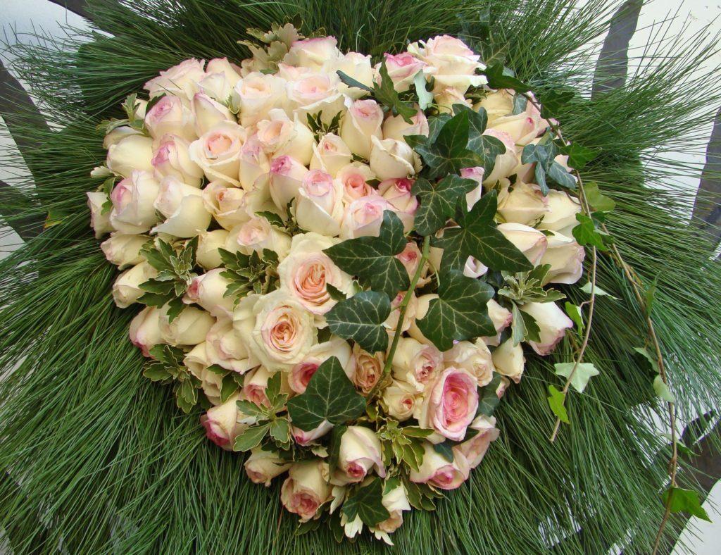 Wience Pogrzebowe Jakie Kwiaty Wybrac Na Wieniec Pogrzebowy