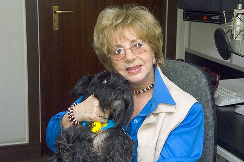 Aktorka Zofia Czerwińska ze swoim psem Dżekiem
