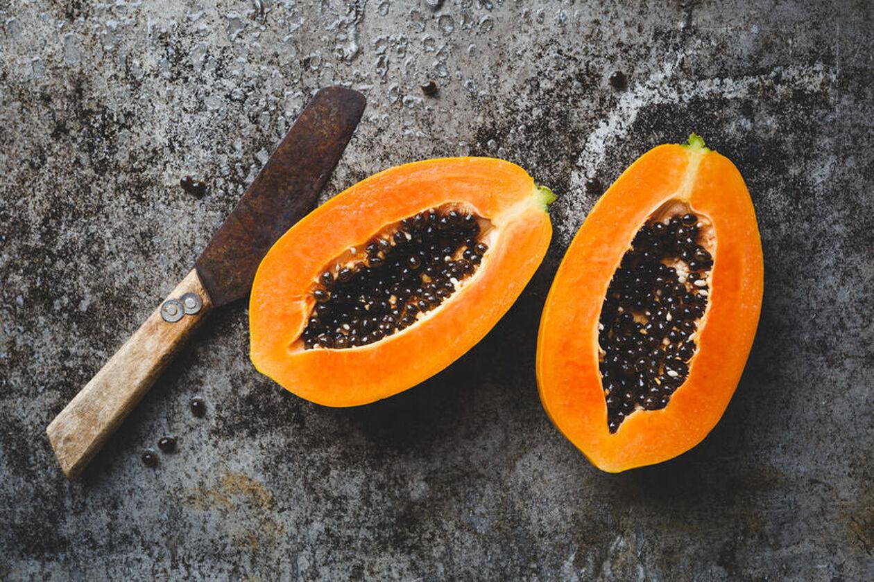 Papaję można jeśćjako samodzielną przekąskę