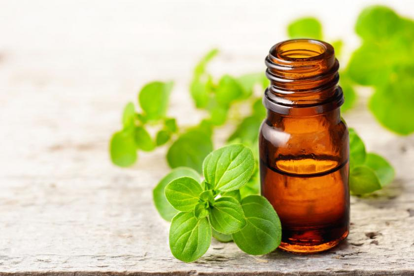 Do przygotowania inhalacji można użyćsuszony majeranek lub olejek