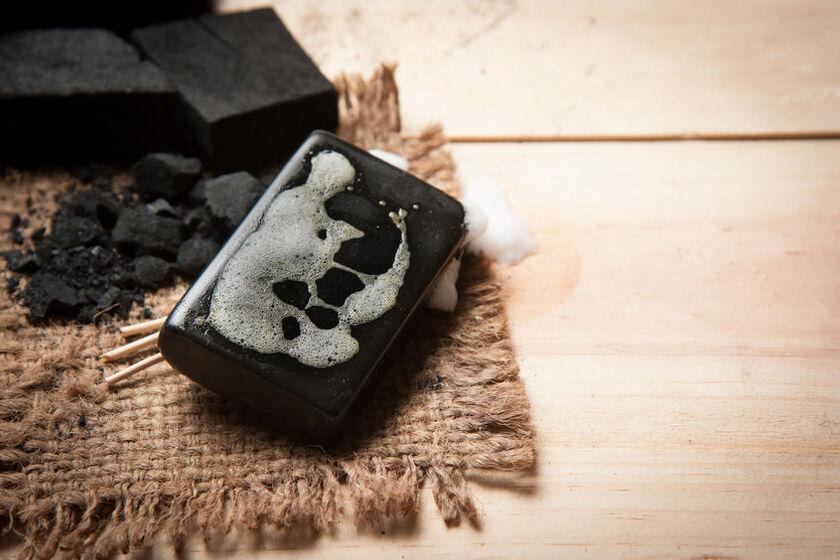 Kostka czarnego mydła