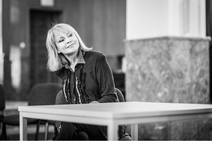 Izabela Trojanowska - czarno-białe zdjęca