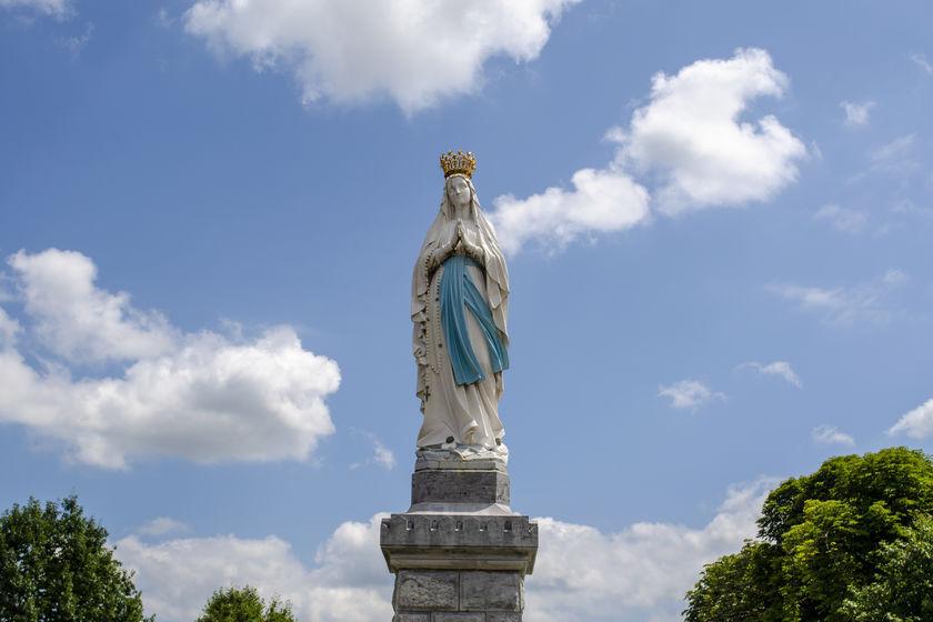 Matka boska w Lourdes