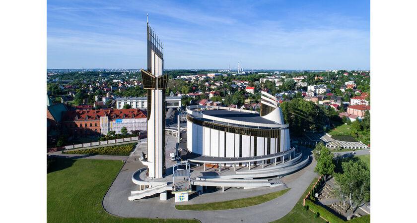 Sanktuarium Bożego Miłosierdzia w Krakowie-Łagiewnikach z lotu ptaka