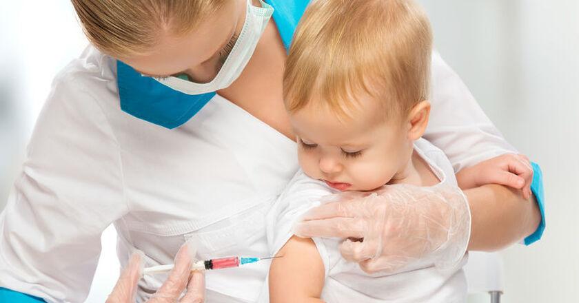 Szczepienie dziecka zgodnie z kalendarzem szczepień