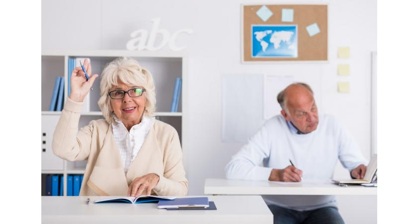 Seniorzy na lekcji