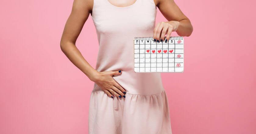 Kobieta w czasie owulacji - jajeczkowania