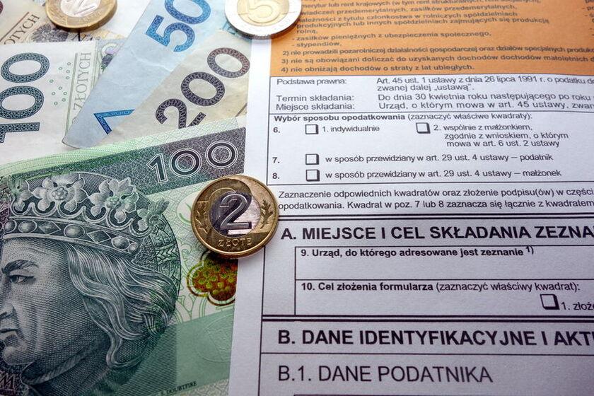 FormularzPIT i pieniądze