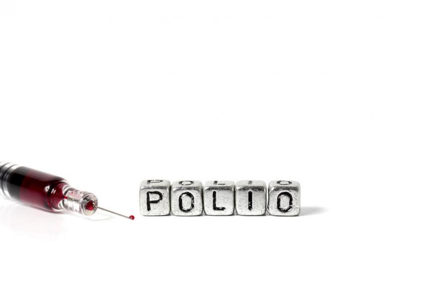 "Literki tworzące napis ""polio"""
