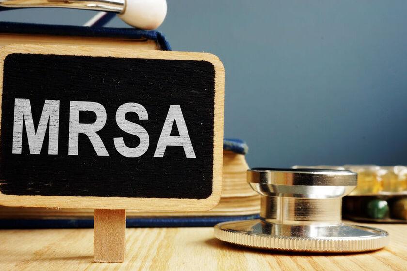 Tabliczka z napisem MRSA