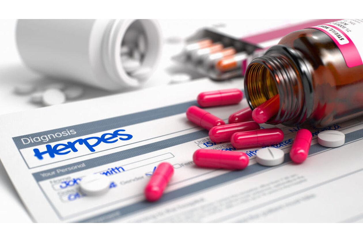Tabletki z acyklowirem