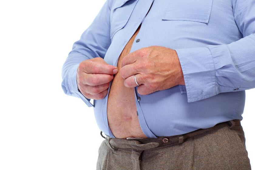 Mężczyzna z otyłością brzuszną