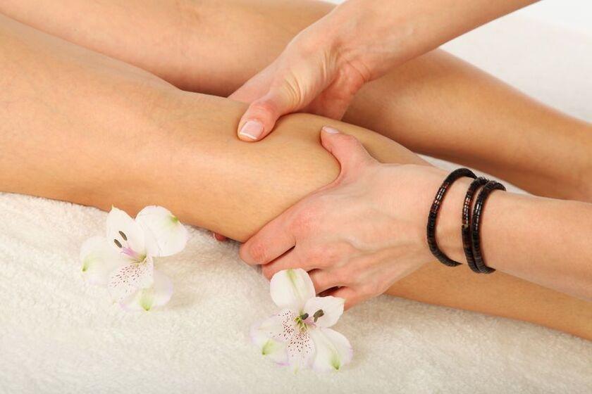 Uciskanie punktów w czasie masażu