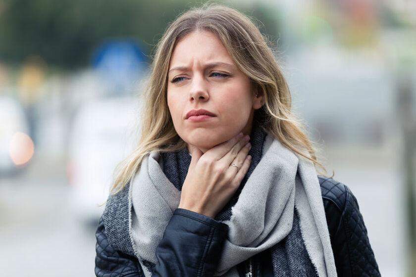Kobieta z problemem słabej odporności