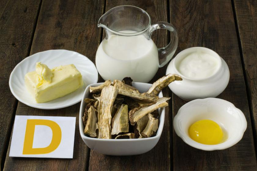 Prdukty bogate w witaminę D, jak mleko i masło