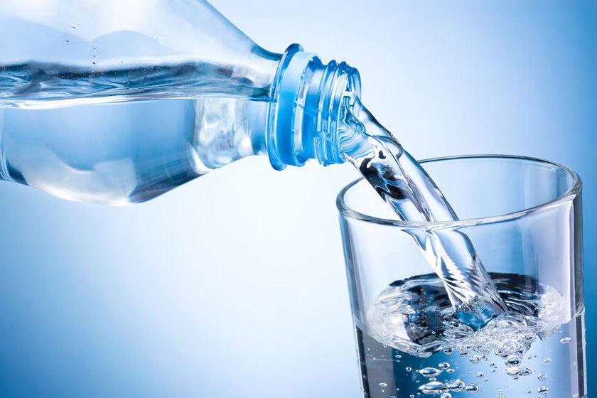 Woda stosowana w diecie przed badaniem kolonoskopijnym
