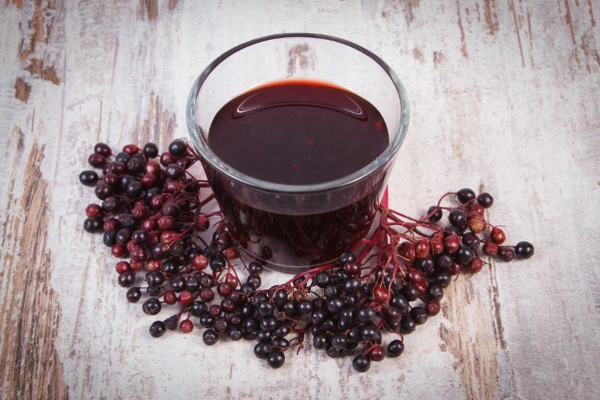 Sok i syrop z owoców czarnego bzu