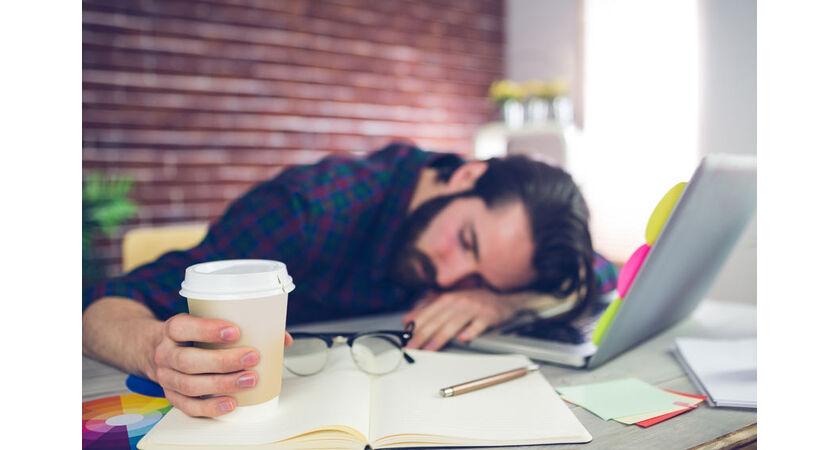 ciągłe zmęczenie senność wypadanie włosów