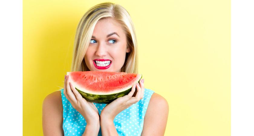 Osoba uczulona na owoce