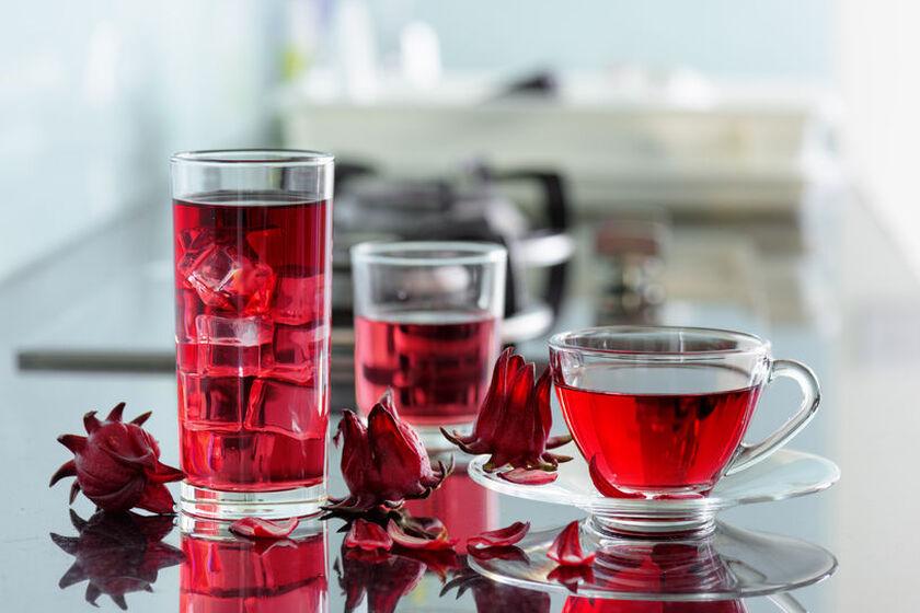 Herbata z rośliny hibiskus