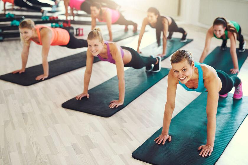 Trening na siłowni daje szczęście