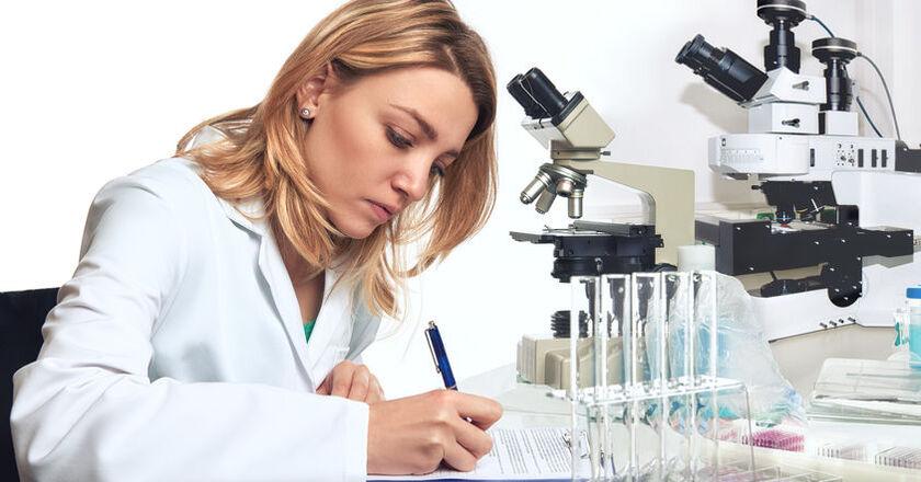 Patomorfolog w pracy