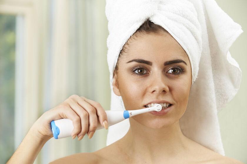 Szczoteczka elektryczna do zębów